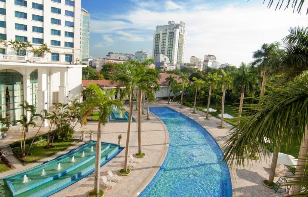 Bể bơi khách sạn Daewoo