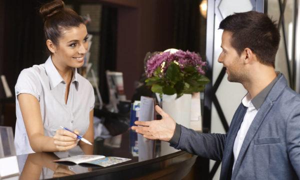 Luôn tư vấn dịch vụ phù hợp cho khách hàng