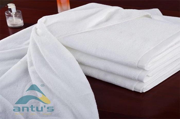 Khăn Tắm Antus 100*150 Cm 850 Grs/Pc