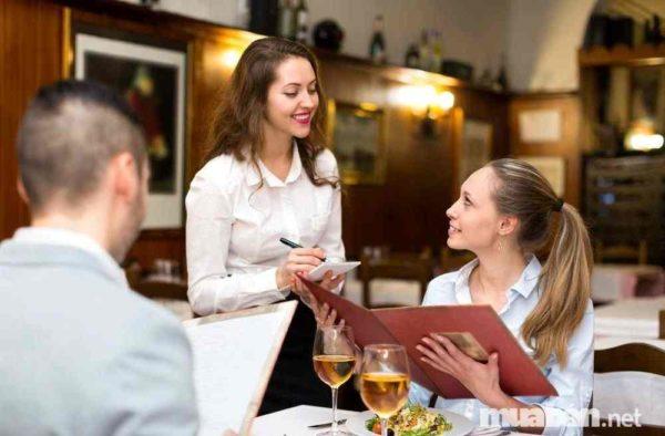 Quy trách nhiệm hoàn toàn cho khách
