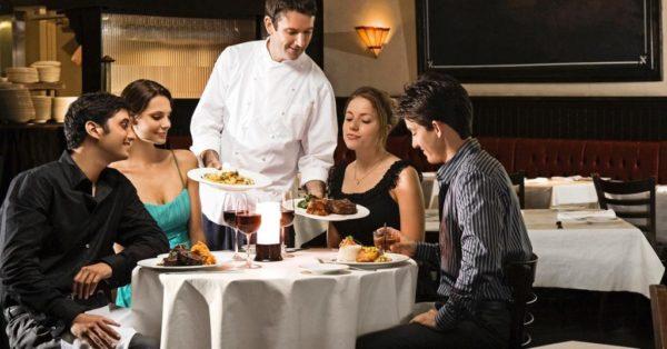 Nhân viên phục vụ cần tránh điều gì khi xử lý phàn nàn từ khách