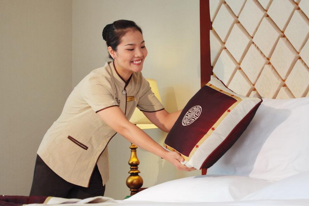 Nhân viên là bộ mặt của khách sạn