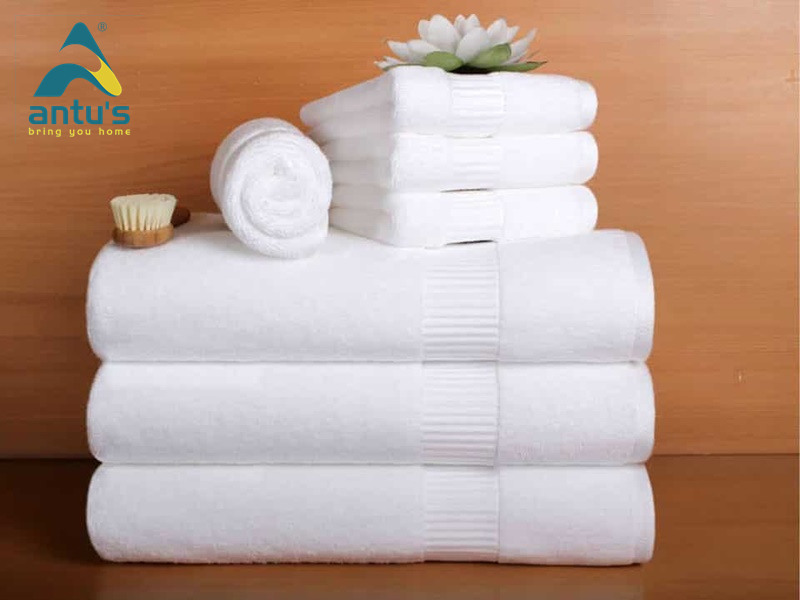 Việc quấn khăn sau khi tắm xong giúp cơ thể đạt đến trạng thái khô ráo